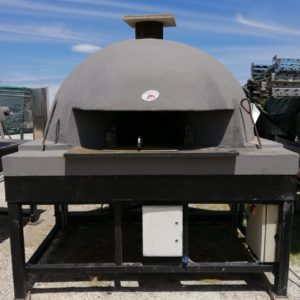 Hand-crafted professional wood fired ovens