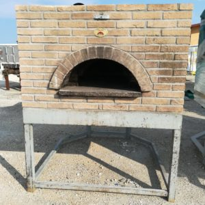 Handmade professional oven for pizzas